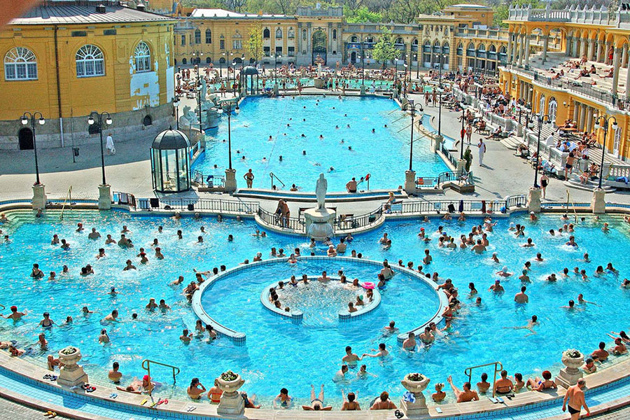 The 5 Best Baths in Budapest | Budapest Dental Trips